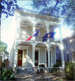 The new walking tour includes Degas House, where the artist lived with relatives.