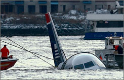 Passengers from US Airways Flight 1549, which made a memorable landing in the Hudson River, have started receiving the belongings they left on the aircraft from a Texas-based company that specializes in disaster recoveries.