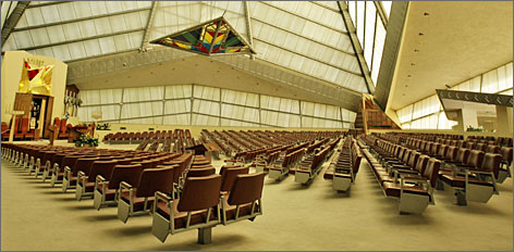 Beth Sholom Synagogue, Elkins Park, Pa.: The play of light is key to this building.