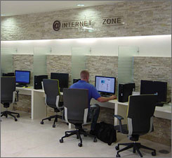 Incheon provides free Internet access and free public access computers for travelers who leave their laptops at home.