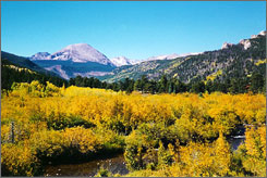 Although outdoors enthusiasts flock to Colorado during the winter ski season and for whitewater rafting in the summer, fewer crowds and mild weather make autumn the perfect time to explore the state.