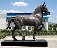 A recreation of a massive Leonardo Da Vinci horse statue stands outside Atlanta's High Museum.
