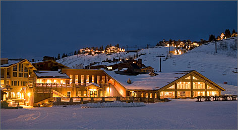 Silver Lake Lodge: A spot for a mid-mountain break at Deer Valley.