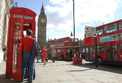 Travel agencies specializing in the college market report that London is a popular spring break spot for 2010.