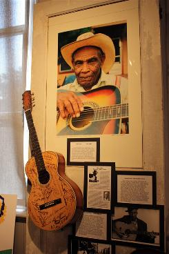 Bluesman Jack Owens is honored at the Sam B. Olden Historical Society Museum in Yazoo City, Miss.