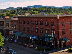 Whiskey Row: This historic area was once home to Prescott's red-light district. It now anchors one of the largest downtown historic districts in Arizona.