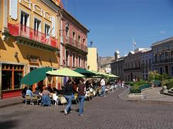 Historic colonial Mexican cities like Guanajuato don't attract a large number of U.S. visitors and offer a real travel bargain.