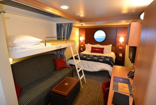 disney dream room 5024 - photo #27