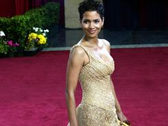About a quarter of women say that Jennifer Lopez and Halle Berry have the kind of bodies they want.