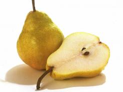 "Every 25 grams per day of white fruits and vegetables consumed led to a 9 percent decrease in the risk of stroke, and apples and pears were the most commonly consumed ""white fruit."""