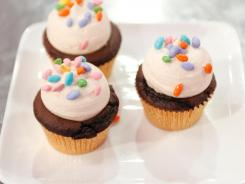 This is a handout image from Food Network's Cupcake Wars.